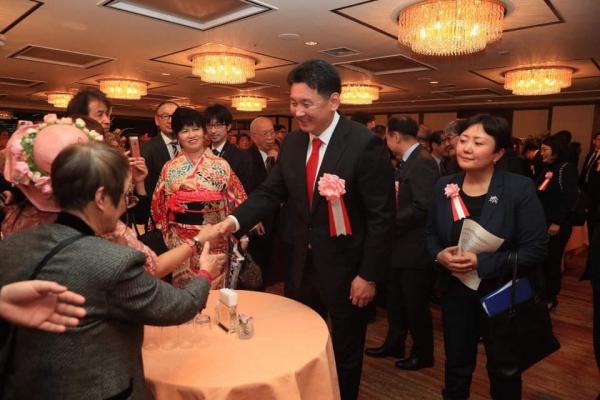 Ерөнхий сайд У. Хүрэлсүх Япон улсын Ерөнхий сайд Ш.Абэ нар хамтарсан мэдэгдэл гаргана