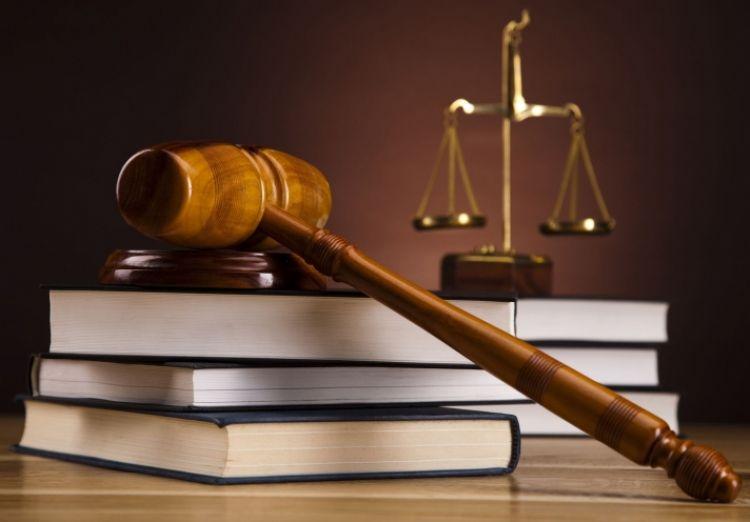Э.Бат-Үүл, Б.Чулуудай нарын шүүх хурал болж байна