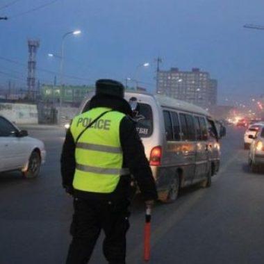 Амралтын өдрүүдэд зам тээврийн ослоор хоёр хүн нас баржээ