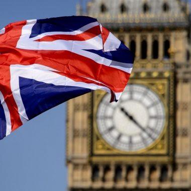 Их Британид оршин суугаа Монгол иргэдийн анхааралд