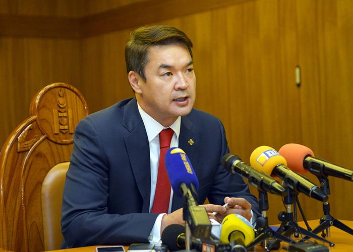 Ч.Сайханбилэг: Ерөнхийлөгч Монгол ялна гэдэг боловч Монголоо ялагдуулаад дууслаа