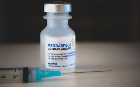 Герман, Итали, Франц улсууд АстраЗенека вакциныг түр хориглов