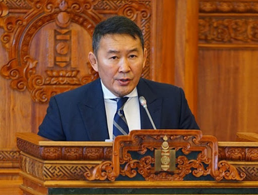 Монгол улсын ерөнхийлөгч МАН-ыг тараах санал гаргалаа