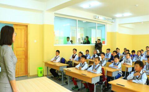 Тавдугаар сарын 10-наас 1-3 ангийн сурагчдын зуны амралтыг эхлүүлэхээр шийджээ