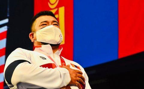 Паралимпын аварга Э.Содномпилжээг 120 сая төгрөгөөр урамшуулах шийдвэр гаргажээ