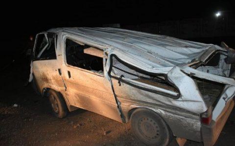 Насанд хүрээгүй хүүхдүүд автомашин жолоодож яваад осол гаргажээ