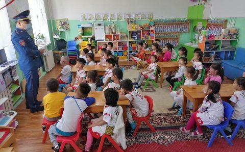 Өчигдөр 117 сурагч, цэцэрлэгийн 11 хүүхэд халдвар авсан нь батлагджээ
